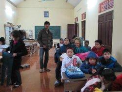 Đại Việt Group mang Tết đến với trẻ em khuyết tật tại chùa Hương Lan