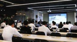 Talkshow Oto.com.vn - Áp dụng marketing 4.0 vào nghệ thuật bán hàng