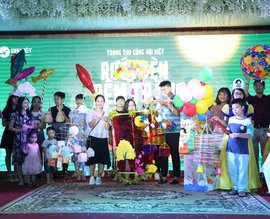 Colorful DIY Lanterns at Dai Viet's Mid-Autumn Festival